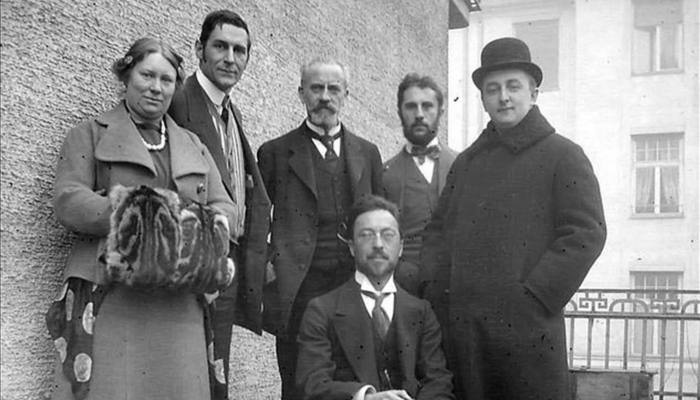De Hartmann with Kandinsky and members of the Blaue Reiter Group